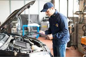What Kind of Employees Should be Hired at a Car Workshop
